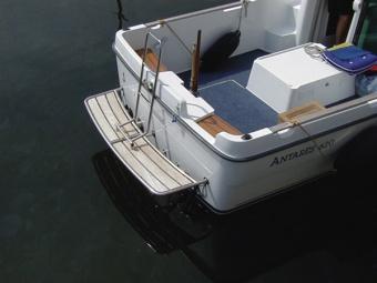 Купальная платформа BATSYSTEM для моторных яхт